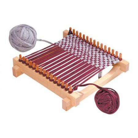 Weaving kit for a pot holder